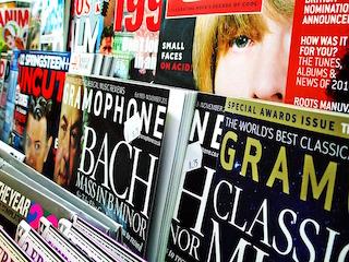 magazine-1090162_640